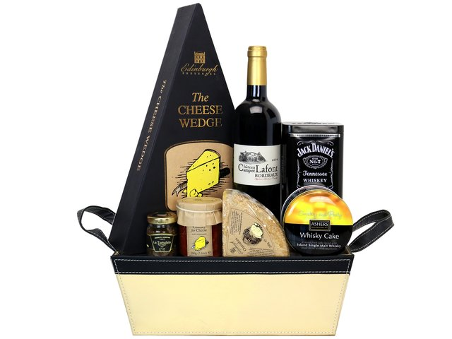 Wine n Food Hamper - Wine Food Hamper Y7 - HR0616A5 Photo