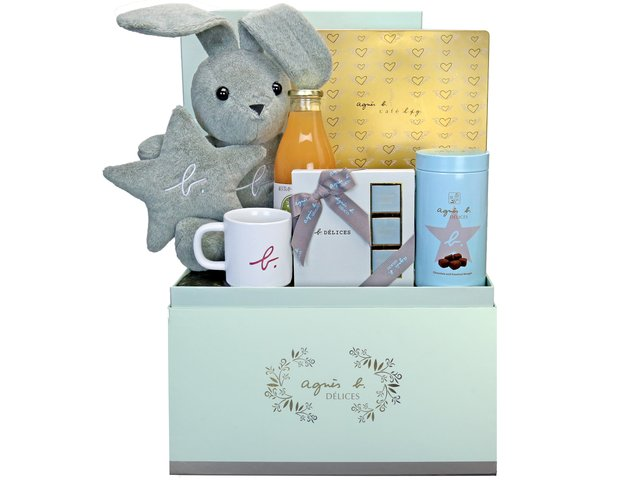 Wine n Food Hamper - agnes b set A2 - BFAH1107A3 Photo