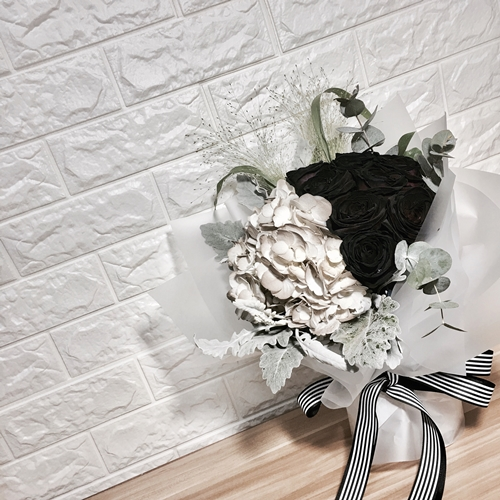 Fresh Imported Flora Collection- Netherland black dyed roses ~